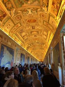 Музеи Ватикана.jpg