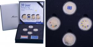 2-euro-Netherlands-2015-colored-set.jpg